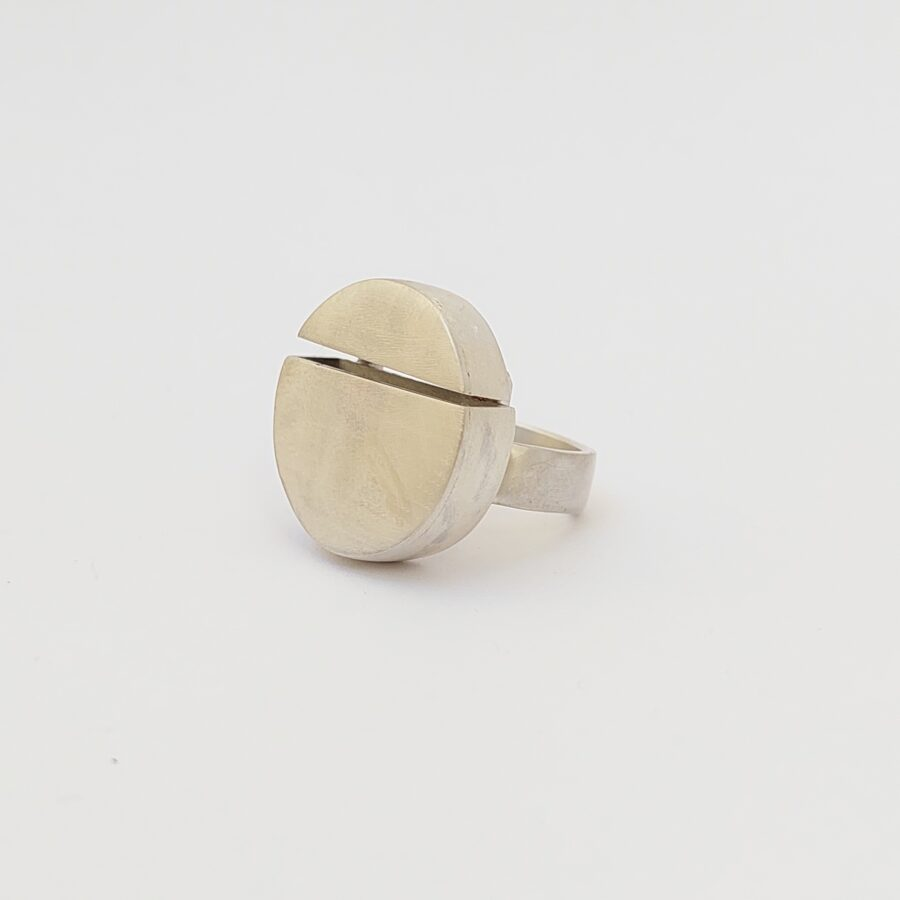 Chunky splited silver women statement ring with large splited silver bead